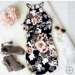 Dainty Hooligan Midnight Floral Dress